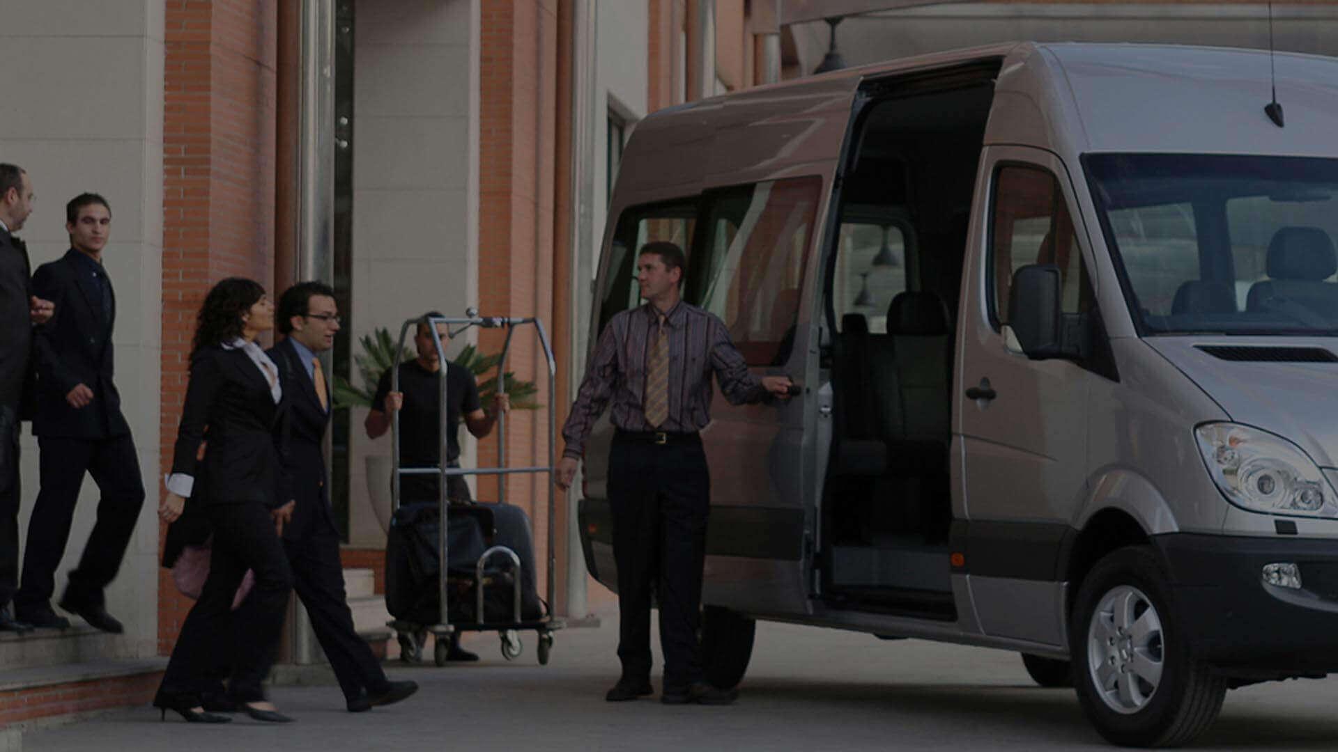 Transporte executivo e locação de veículos